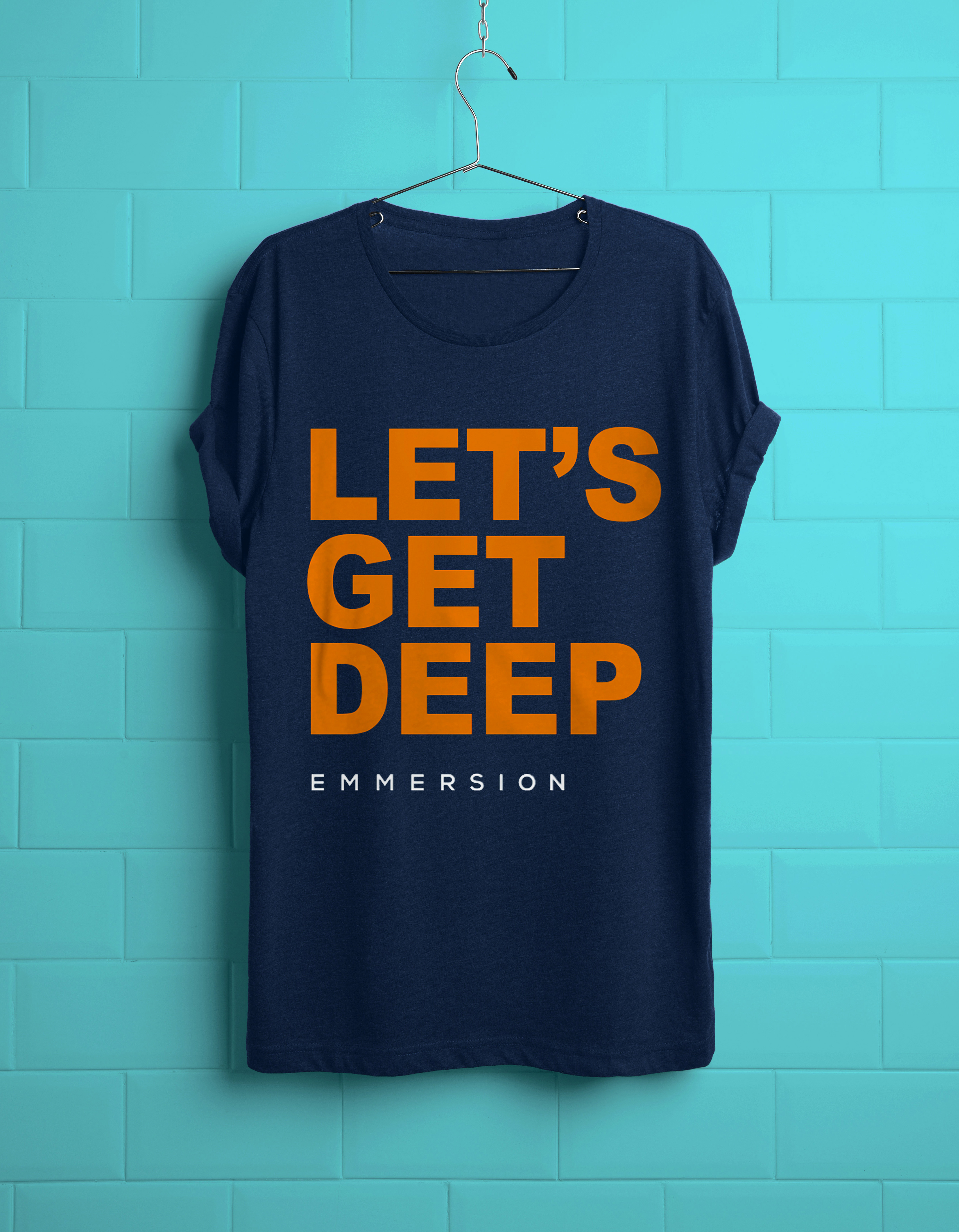8_Realistic-T-shirt-PSD_emmersion_croppedorange